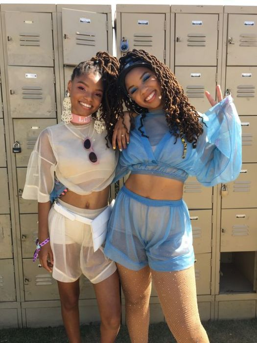 636599343301732439-Chloe-and-Halle